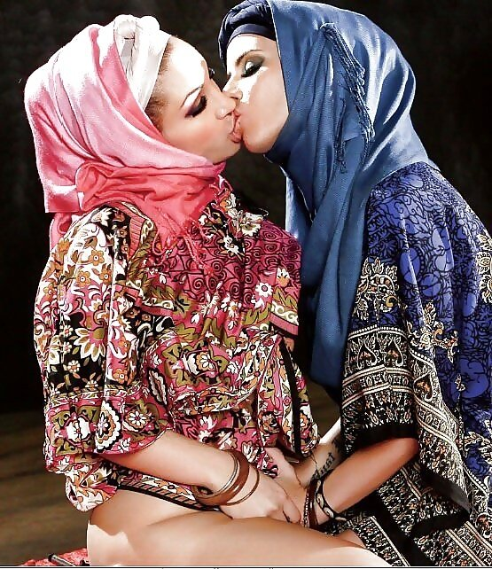 Arabia girls photo galleries licking porn