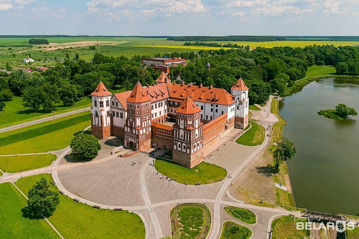 замок в белоруссии картинки изображений фотографа
