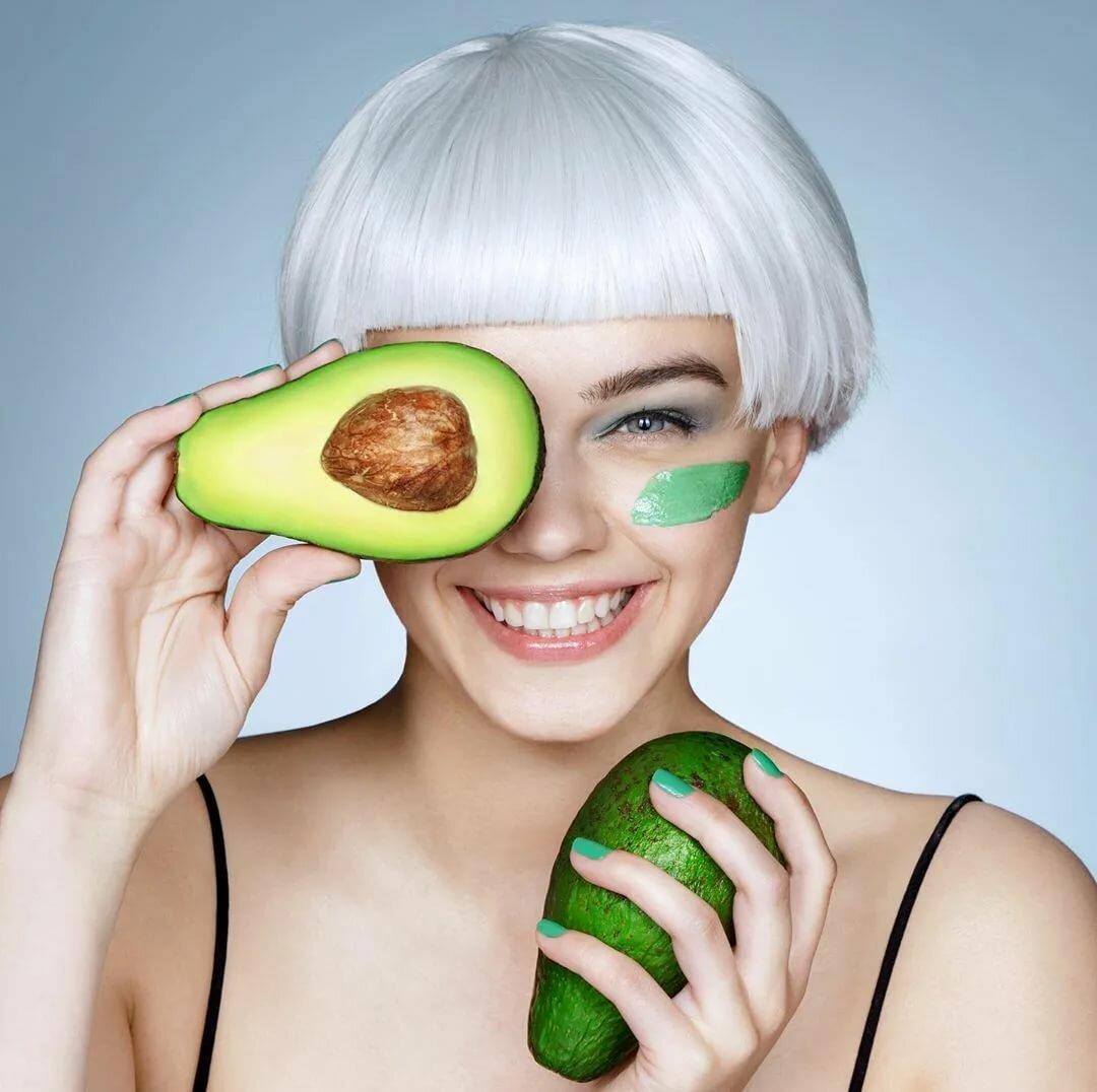 Омолаживающее действие авокадо в уходе за кожей лица