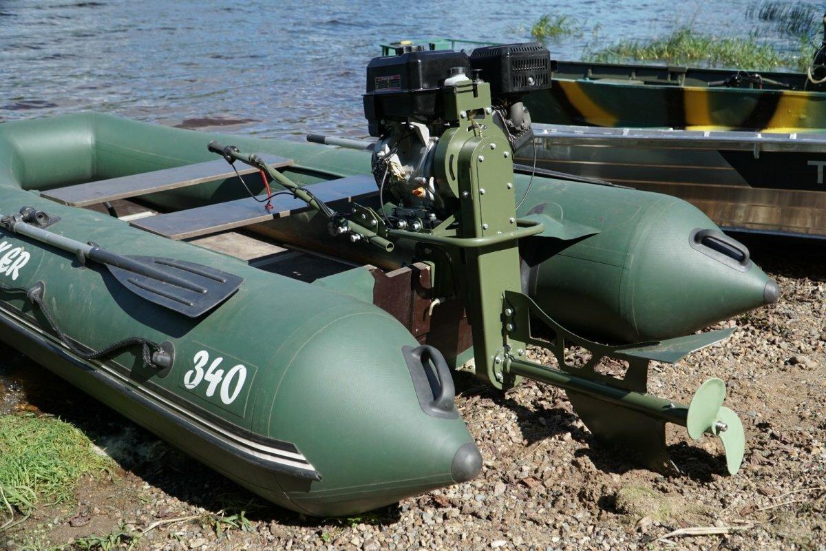 Подвесной мотор-болотоход Бурлак