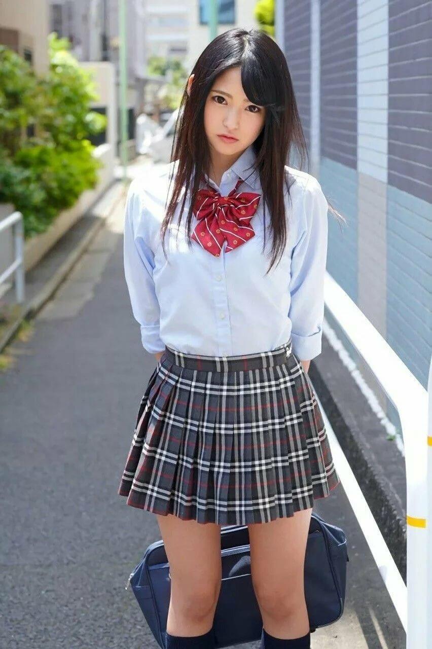 Japanese school girls squirting girls