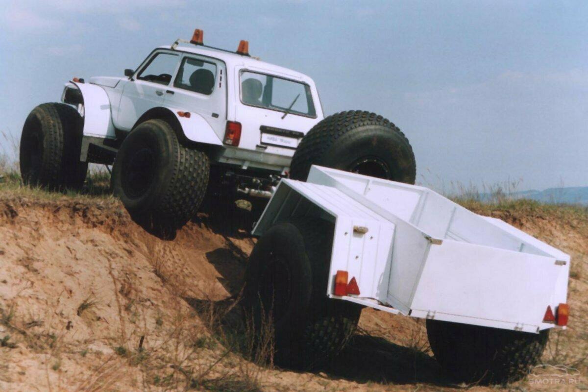 Внедорожный грузовой прицеп Бронто