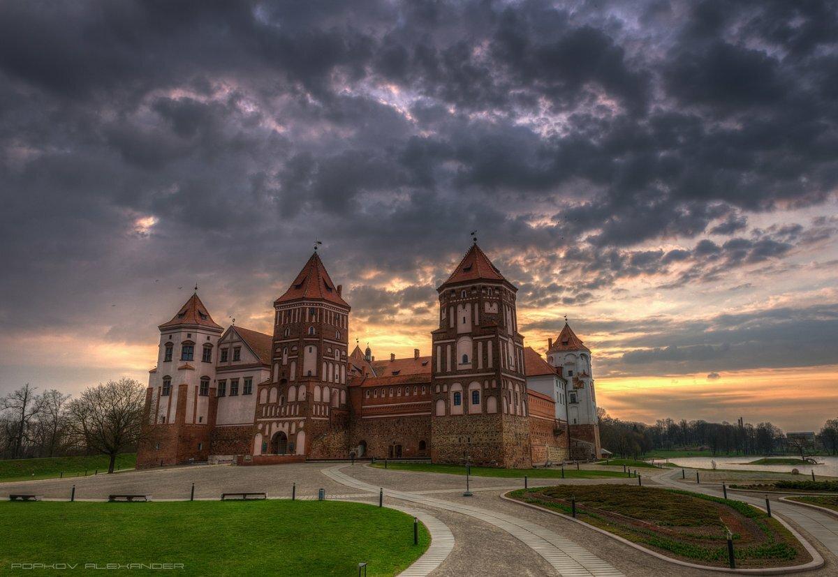 стриженов картинки архитектура белоруссии обычном режиме