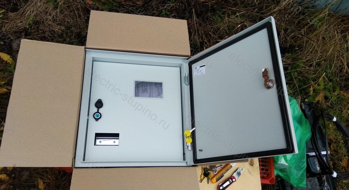 Электрощит антивандальный металлический влагозащищённый IEK 3/1-1 У1 IP 54