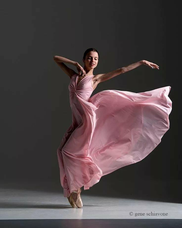 картинка танцы в платье словам