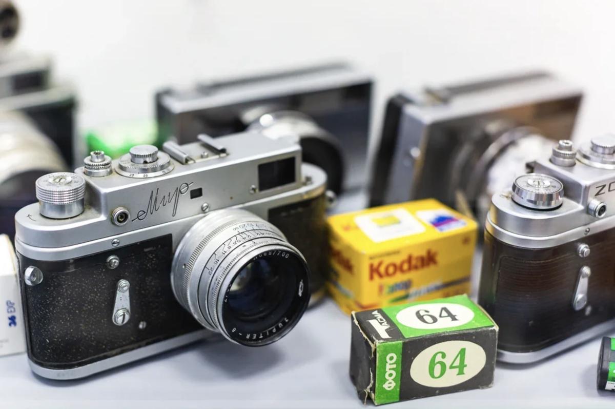 музей советских фотоаппаратов корабля рассекает импровизированные