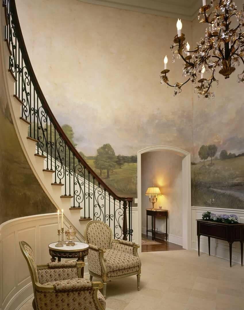 Фотообои на лестнице в частном доме фото