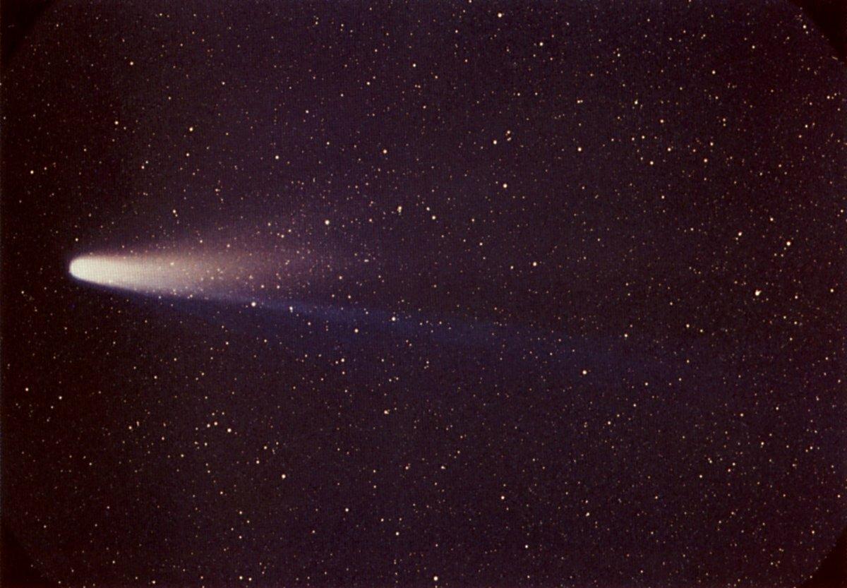 6 марта 1986 года межпланетная станция «Вега-1» выполнила программу исследований кометы Галлея