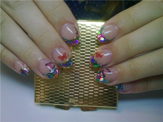 Сделать дизайн ногтей в домашних условиях несложно.
