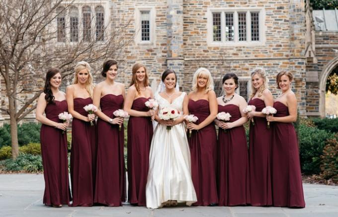 Свадьба в бордовом стиле