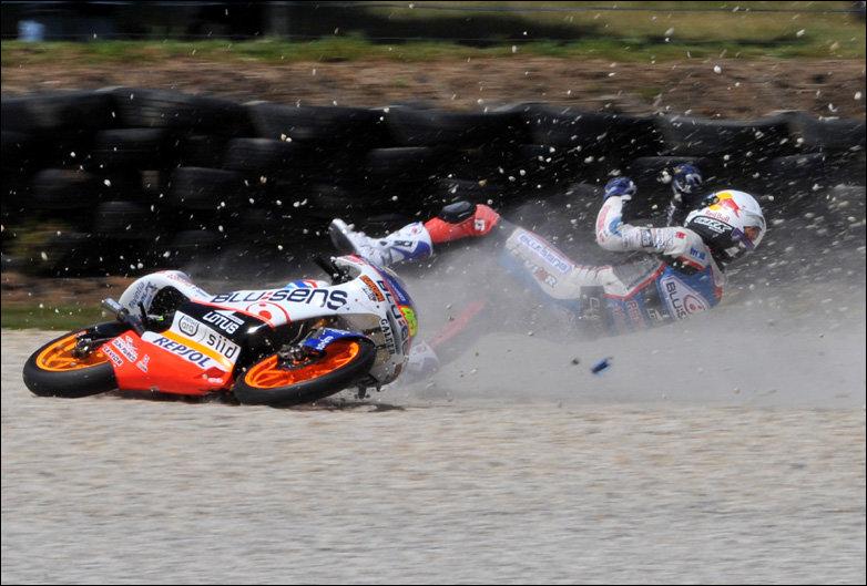 Картинки падения с мотоцикла