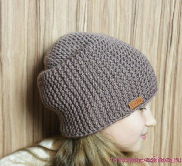 Связать шапку с укороченными рядами спицами