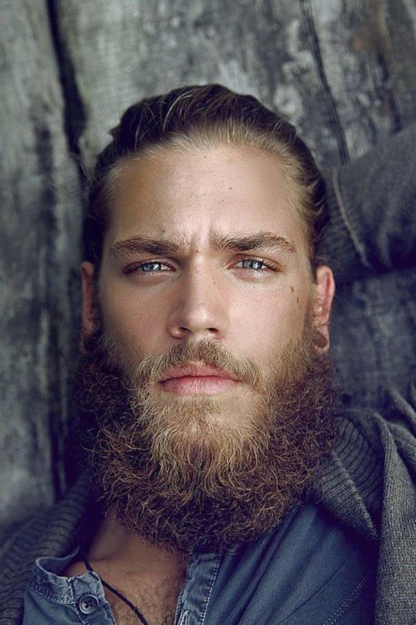 Полная борода для светлых.