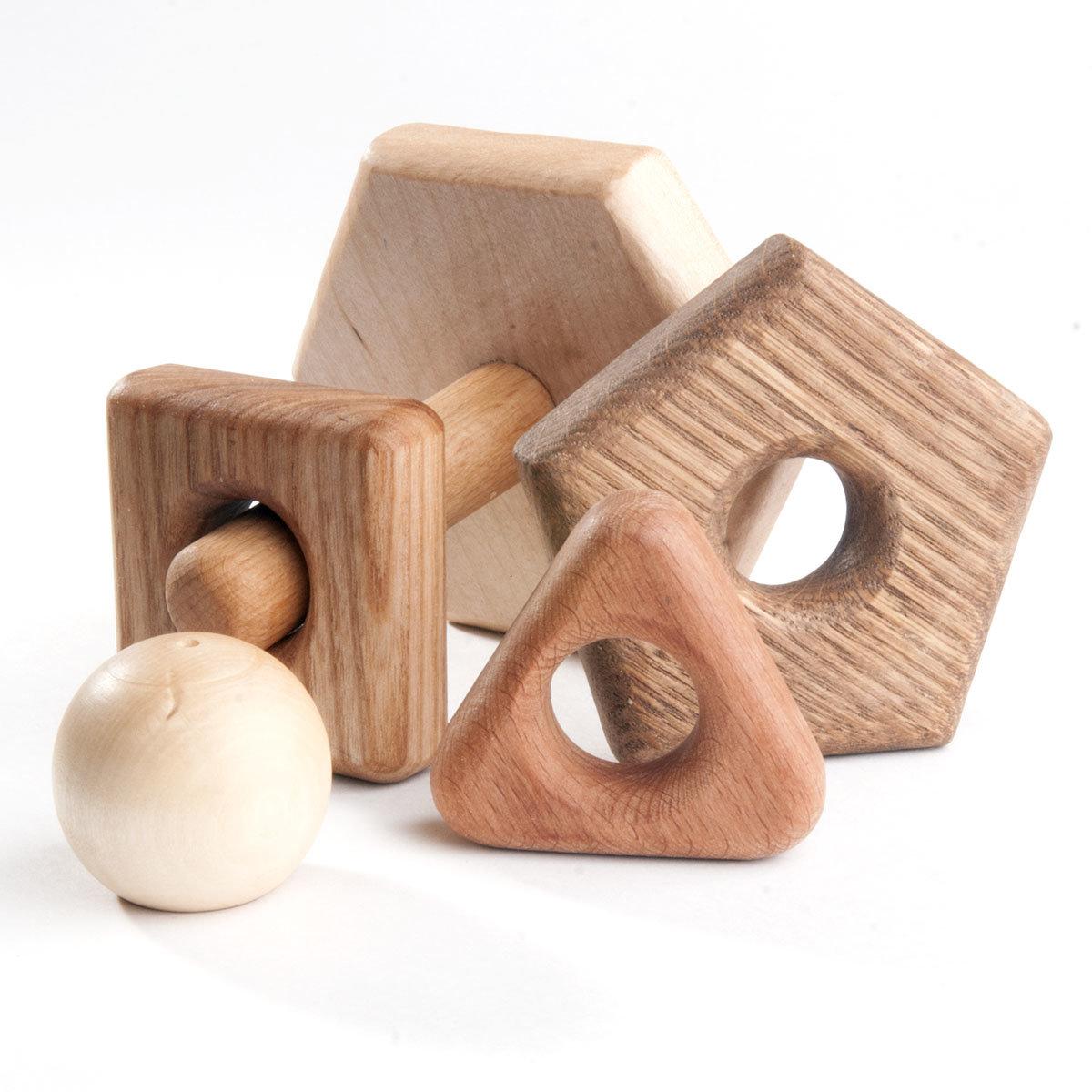 картинки деревяных игрушек две модели