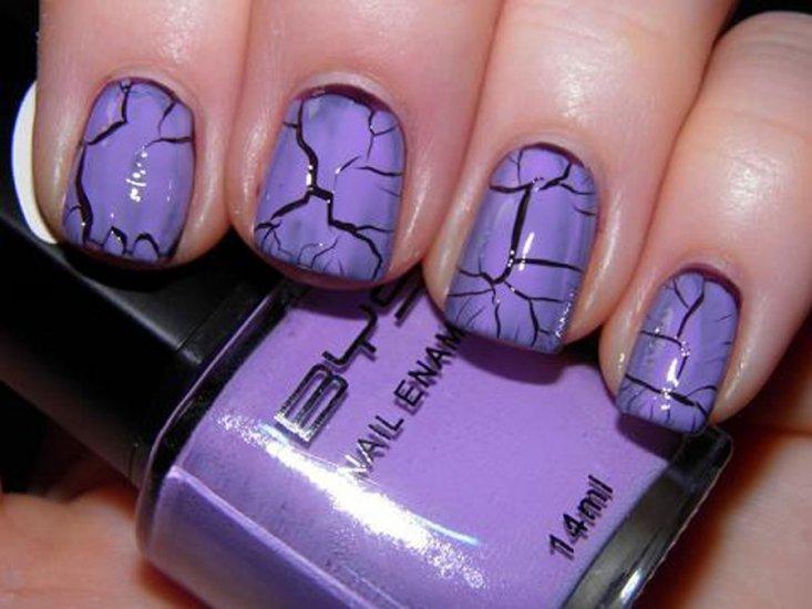 """Дизайн ногтей «кракелюр», что такое кракелюр, что нужно для дизайна """"кракелюр"""", как сделать дизайн """"кракелюр"""" при помощи фольги, пошаговое описание дизайна """"кракелюр"""", отличительные характеристики и преимущества дизайна ногтей """"кракелюр"""""""