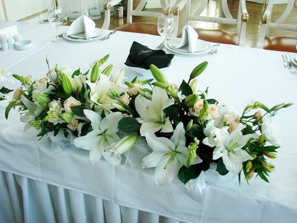 Свадебный букет из калл на стол молодоженами, цветок склада