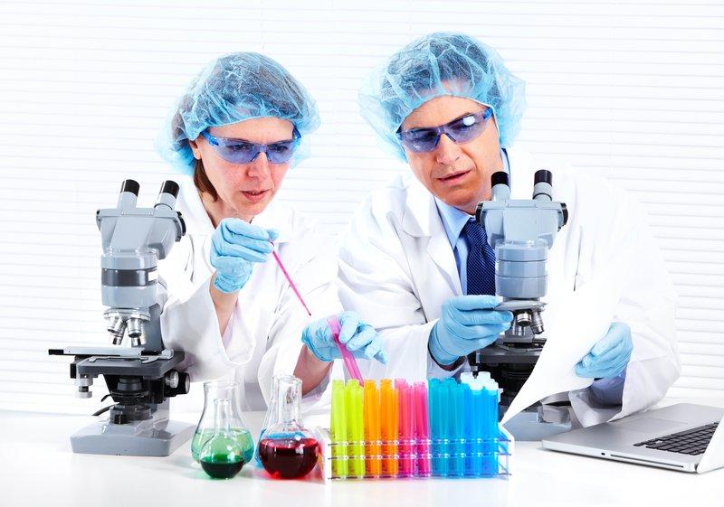 5336x3744 Обои наука, учёные, биология, пробирки, микроскопы, анализ