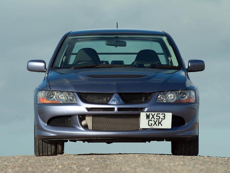 Mitsubishi Lancer Evolution VIII FQ330