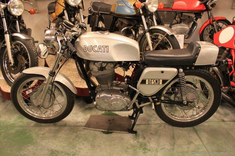 Музей мотоциклов в Римини.  – Форум об Италии
