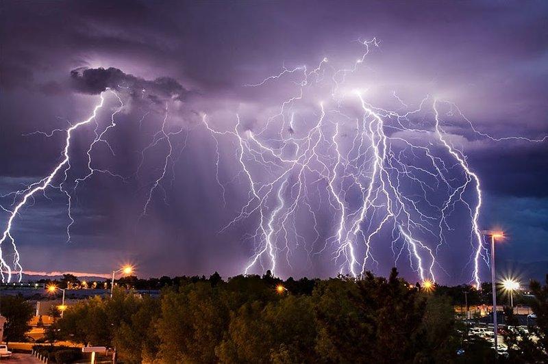 Самые красивые молнии со всего света