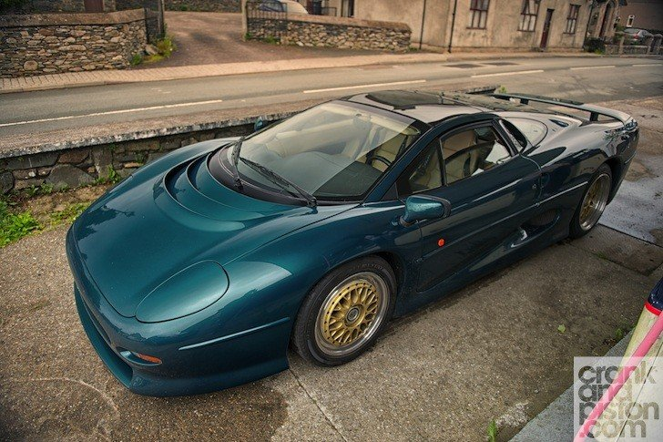 Тест-драйв Jaguar XJ220: тысячи километров за три дня