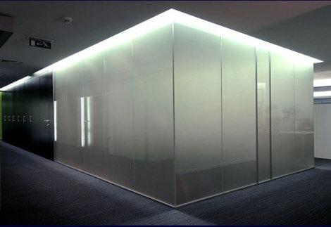 Умное стекло с переключением прозрачности