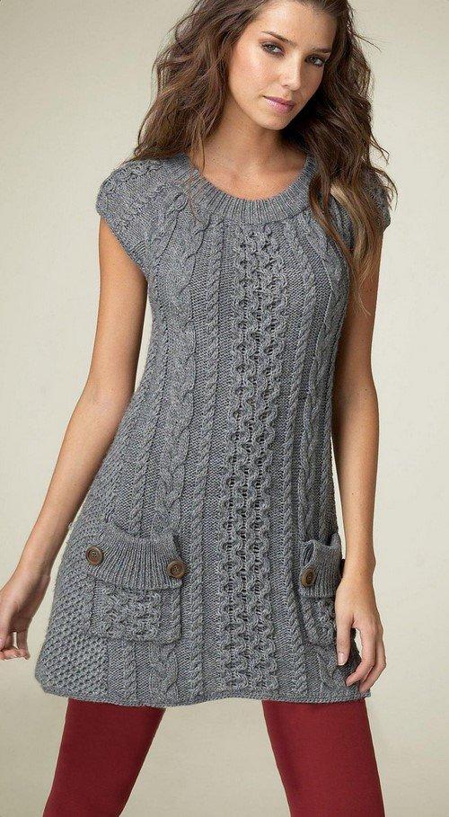 Платье с коротким рукавом вязаное