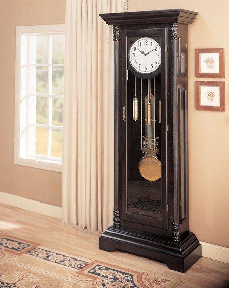Напольные часы фото