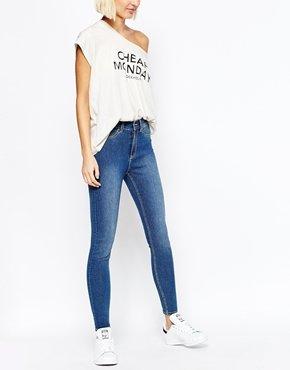 Супероблегающие джинсы скинни Cheap Monday Spray On