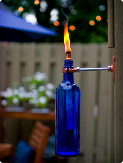 Светильник из бутылки своими руками легко.