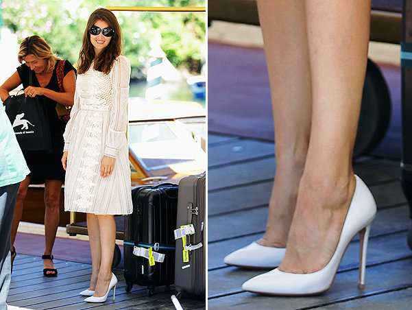 "Звездотренд: белые туфли-""лодочки"""