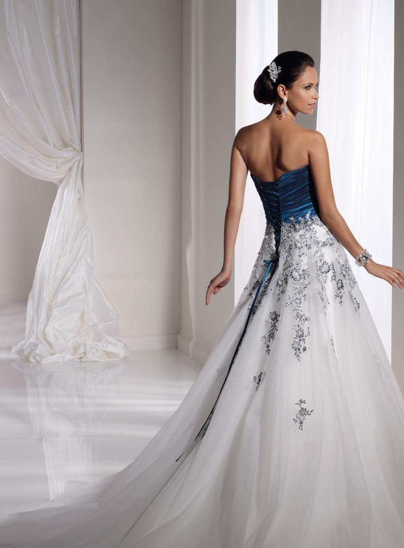 Свадебное платье не белого цвета фото