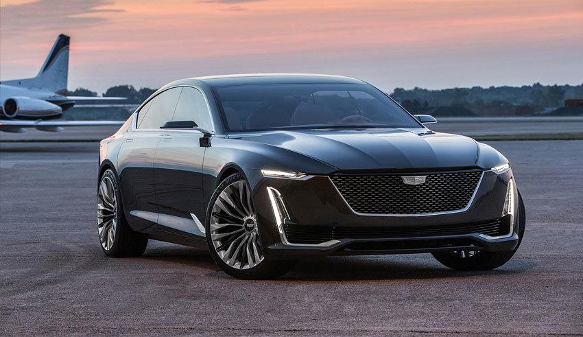Cadillac представил роскошный автомобиль на конкурсе в Калифорнии