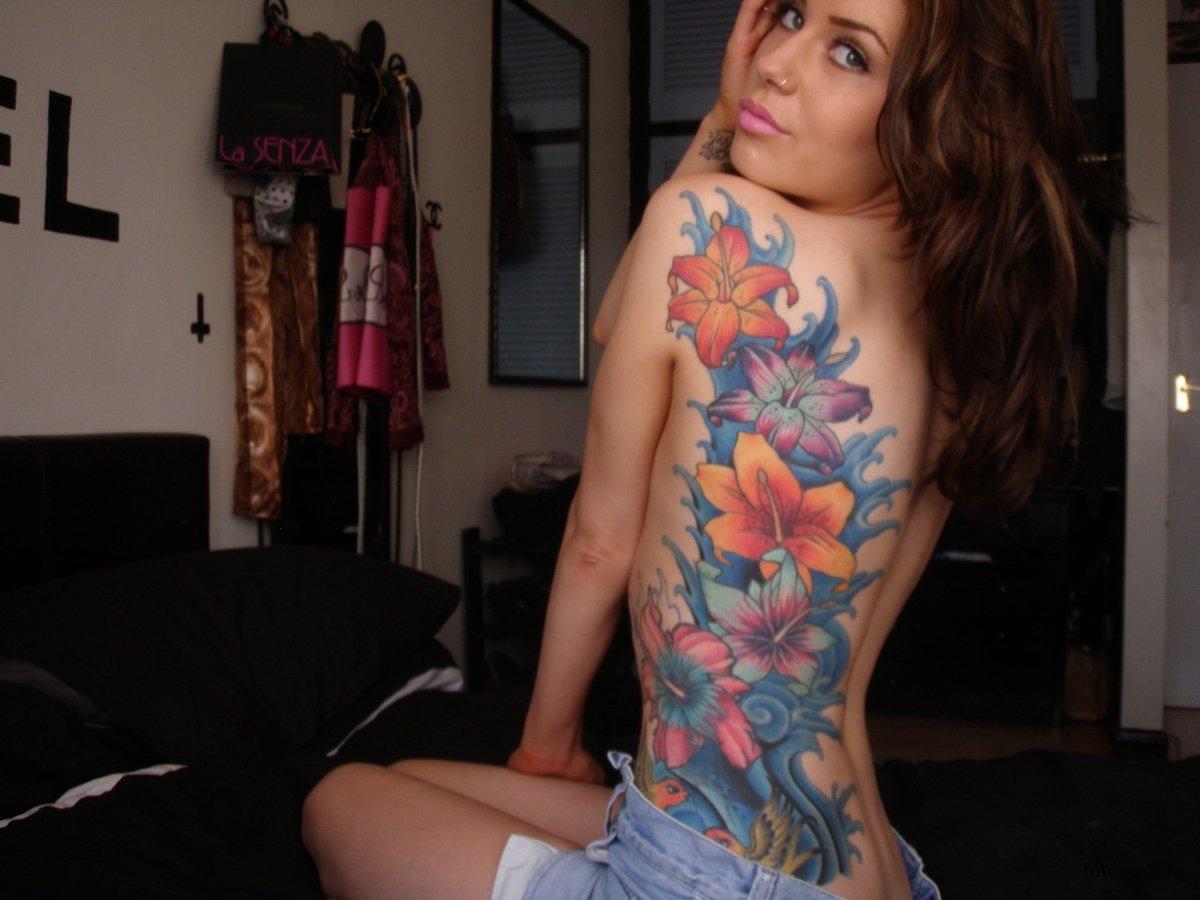 Тату у баб, Женские татуировки Интимные татуфотографий 11 фотография