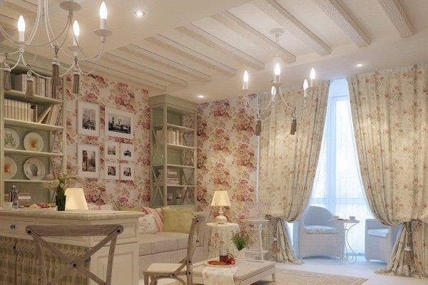 Шторы типа «кафе» и «бабушкино окно» с крупным орнаментом или набивным рисунком в мелкий цветочек можно считать идеальным вариантом