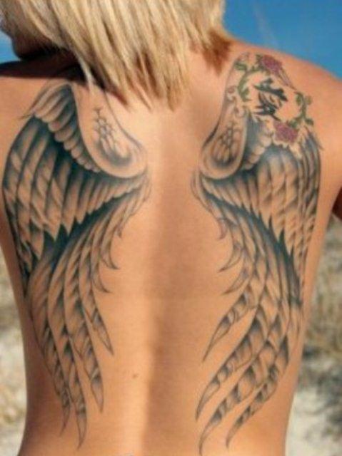 Красивые женские татуировки - более 500 фото! Эскизы, значение и идеи.