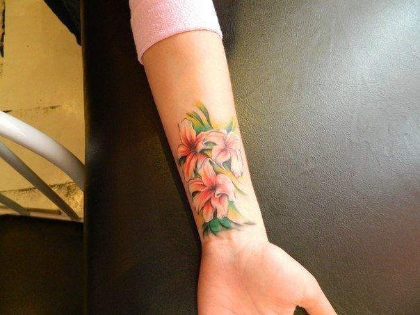 Татуировки на запястье женские — Женские татуировки