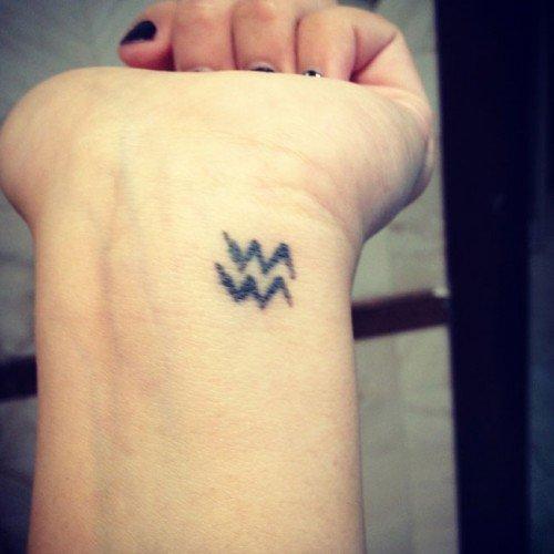 Водолей - Фото татуировок - Татуировки на TopTattoo.ru