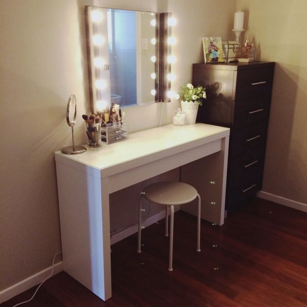 Mirrors Diy Makeup Vanity Brilliant Setup For Your Room Table With Mirror And Lights