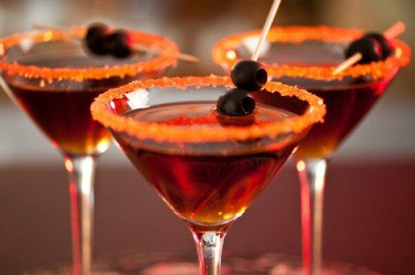 Коктейли на Хэллоуин: ТОП-5 рецептов - Кулинарные советы для любителей готовить вкусно - Хозяйке на заметку - Кулинария - IVONA - bigmir)net - IVONA