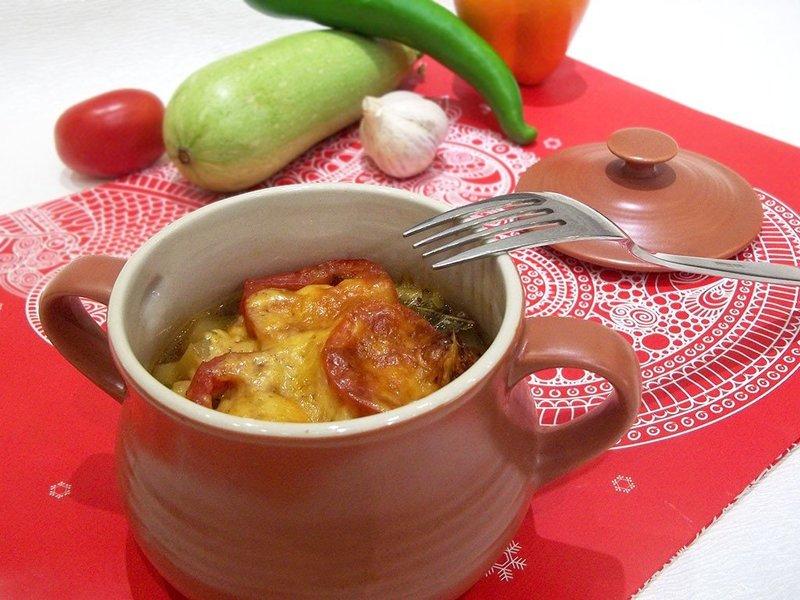 Рецепт приготовления Мясо с овощами в горшочках с фотографиями - МОЯ ЕДА.RU Фото каталог кулинарных рецептов
