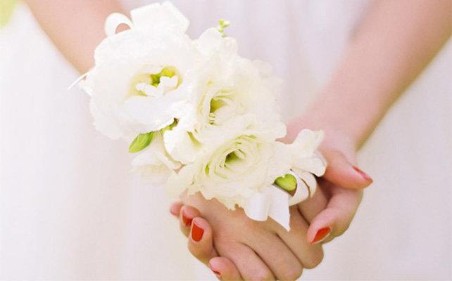 Бутоньерки подружек невесты