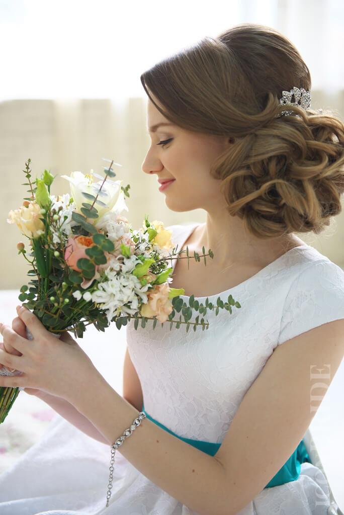 Свадебные прически на длинные волосы | iconBRIDE