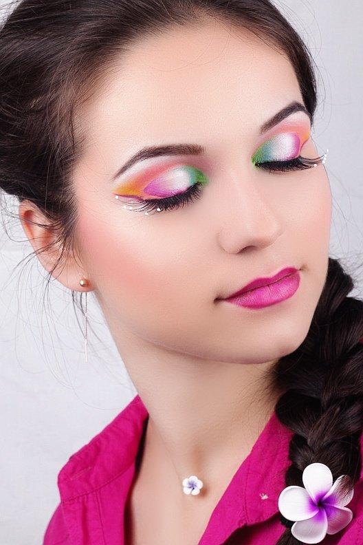 весений макияж акварелью
