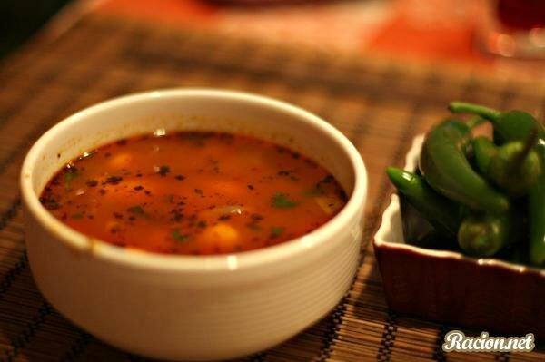 Боб-чорба болгарский суп