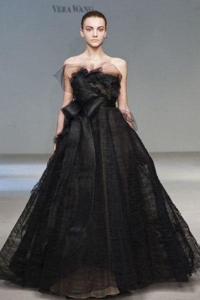 Чёрное свадебное платье вера вонг