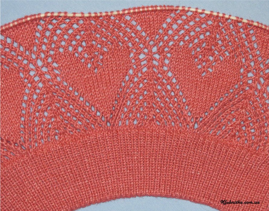 Ажурная шаль с «сердечками» - схема вязания