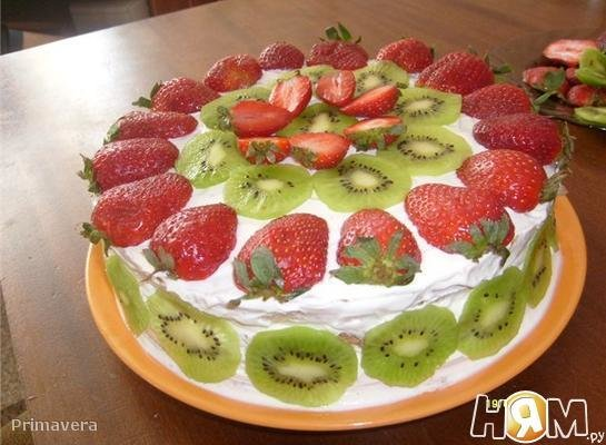 Рецепт торта из бисквитных коржей с фруктами