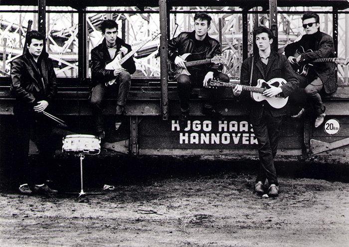 Группа «Битлз» до того, как они стали знаменитыми, 1960 год.