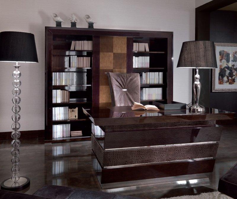 Домашний кабинет, так и веет роскошью